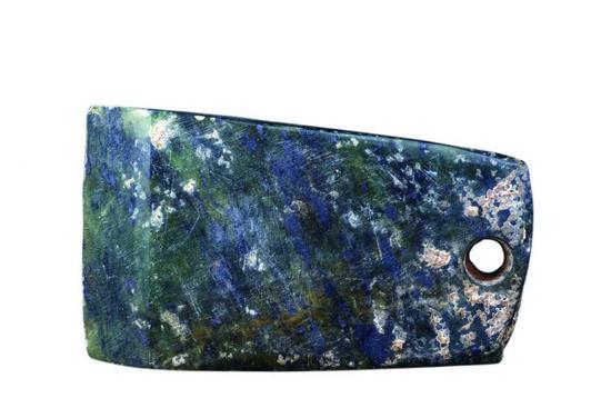 2-岐山石斧