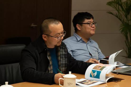 ▲(右)李国华(评论家、独立策展人)
