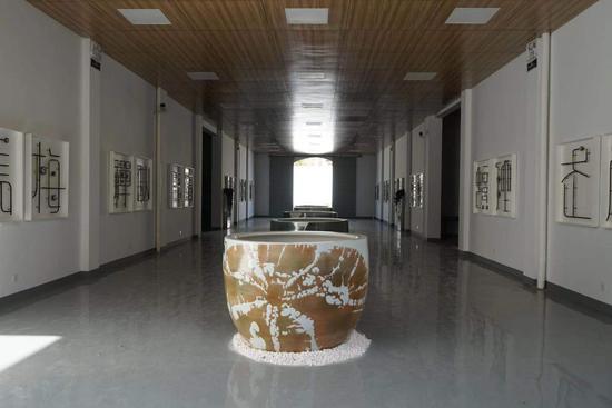 陈家泠艺术创作工作室 陈亮艺术创作工作室展厅内景
