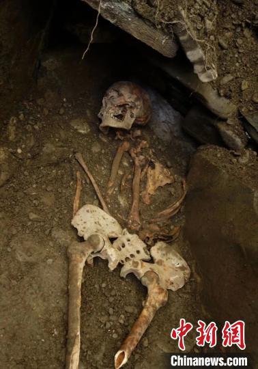 石棺葬首次出现在青海