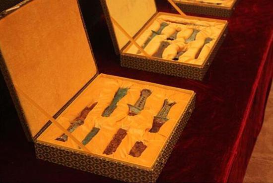 重大博物馆另一捐赠者发声:曾捐66件青铜器