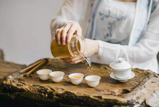 正确喝茶才更养生,你知道正确的方法吗