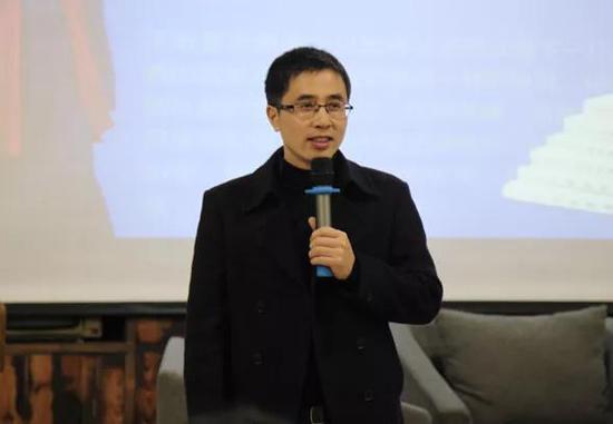 翔宇瓯江书院负责人叶玉林主持活动