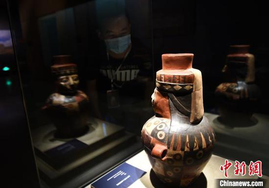 秘鲁11家考古类博物馆的157件文物藏品亮相重庆