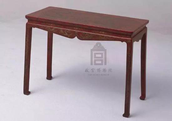 红漆雕填戗金琴桌 明万历 故宫博物院藏