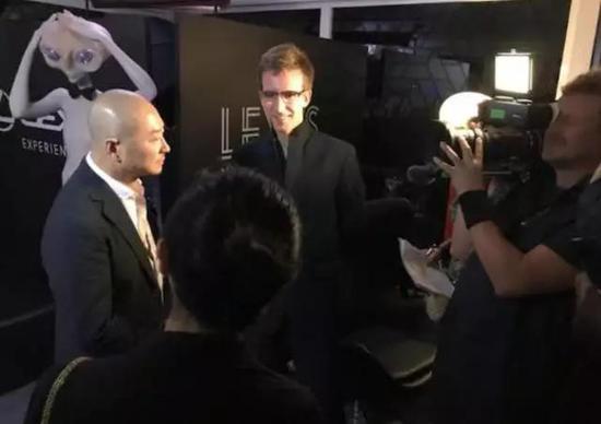 傅榆翔接受电影节米兰时尚电视台采访