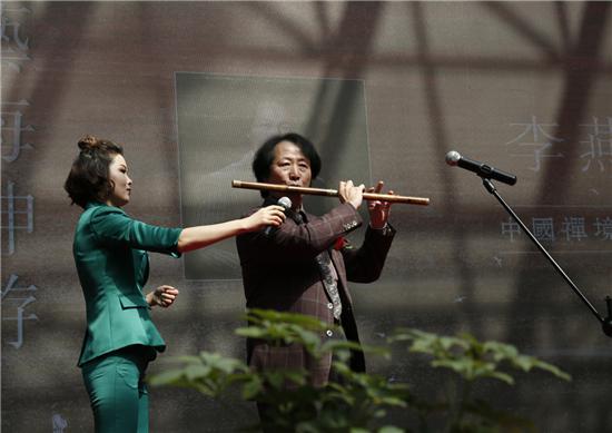 李燕生老师现场演奏笛子
