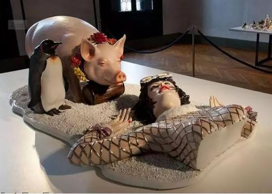 杰夫·昆斯,《冬季事件(社会新闻)》,陶瓷雕塑,1988。来源:国外网站