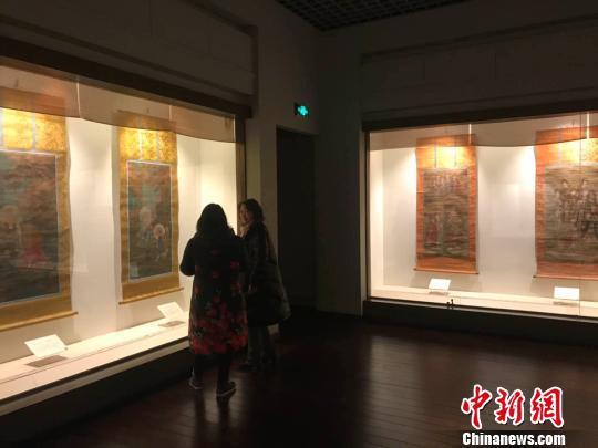 82件明清时期水陆画18日在山西博物院展出。 胡健 摄
