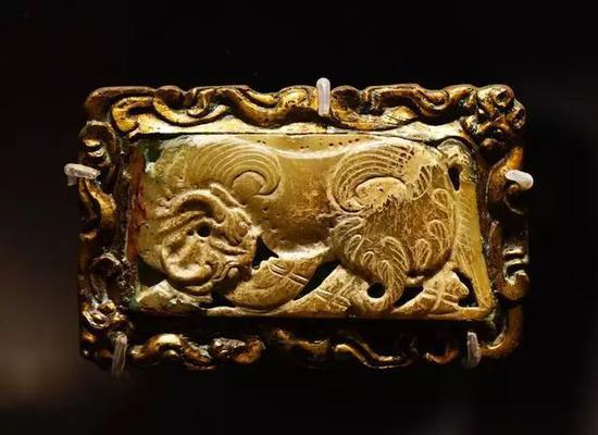 玉器与黄金 东周,公元前6-5世纪
