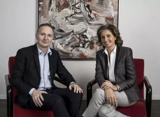 ▲布雷特·戈维尔(Brett Gorvy)和多米尼克·列维(Dominique Lévy)