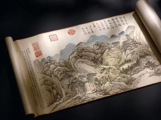 钱维城 《台山瑞景》,设色纸本,手卷   拍品编号:3301   成交价:146,794,000港元