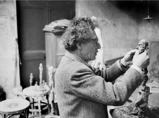 贾科梅蒂在工作室,1960年