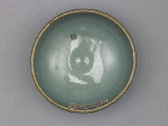 钧窑天蓝釉墩式碗俯视