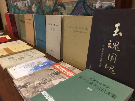 张忠培先生主编或参与写作的书籍
