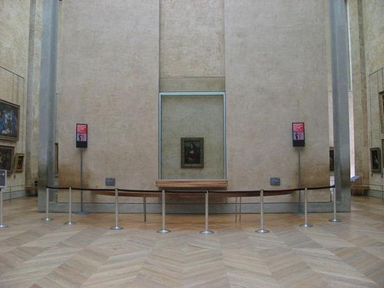 卢浮宫中的《蒙娜丽莎》