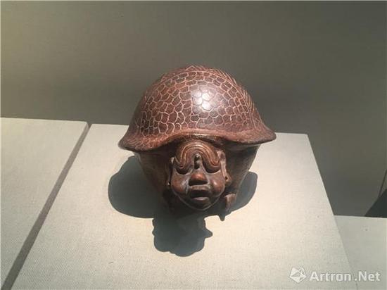 犰狳形陶罐