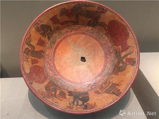 灌肠仪式纹陶罐