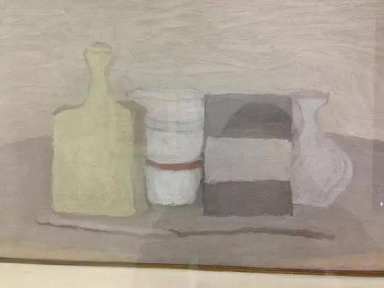 意大利 乔治・莫兰迪:《静物组合》-布面油画