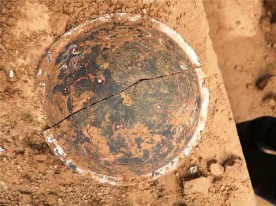彩绘陶器器盖