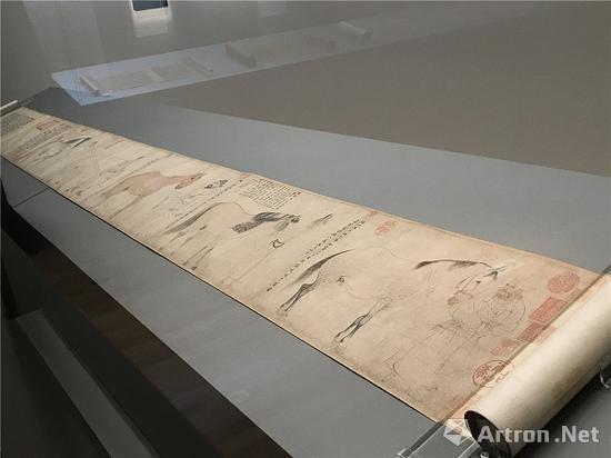 李公麟《五马图》在东京国立博物馆展出现场