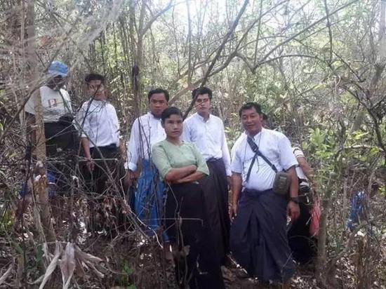 缅甸男子发现神秘文物主动上交 政府奖励900万