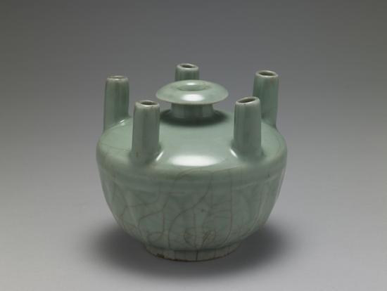 宋龙泉窑五管瓶,台北故宫