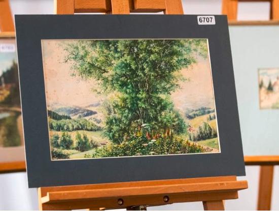 拍卖作品之一,图片来自法新社。