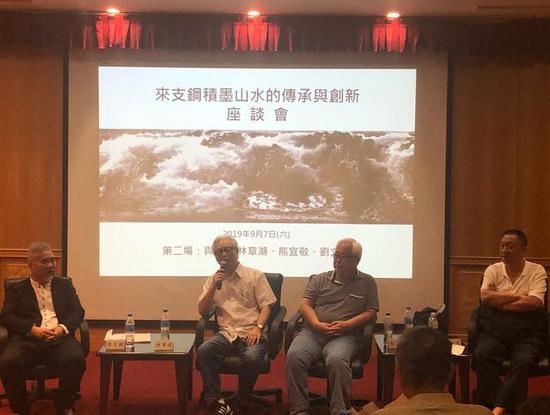 座谈会第二场(左起):来支钢、林章湖、熊宜敬、刘文杰