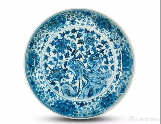 明十五十六世紀 青花孔雀洞石牡丹纹盘