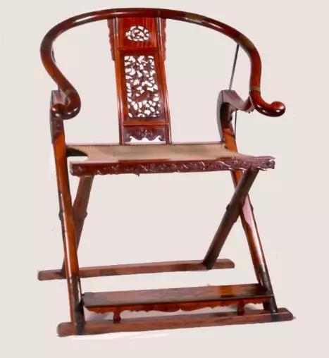 黄花梨木圆后背交椅 明上海博物馆藏