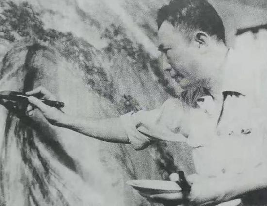 傅抱石绘制巨幅国画《江山如此多娇》