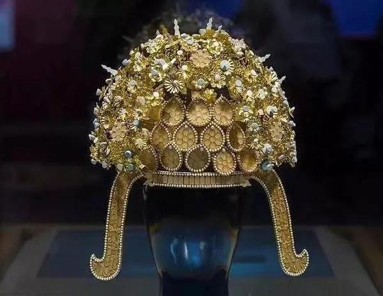 隋唐至明代后妃命妇冠饰源流考