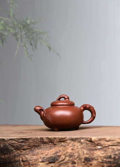范利英紫砂壺--道洪三友