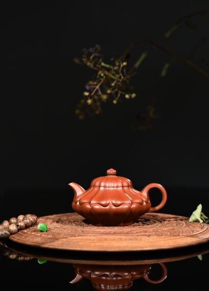 范利英紫砂壶--合菱