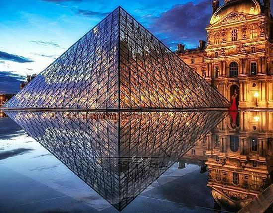 受塞纳河水位上涨威胁 卢浮宫为25万件藏品搬家