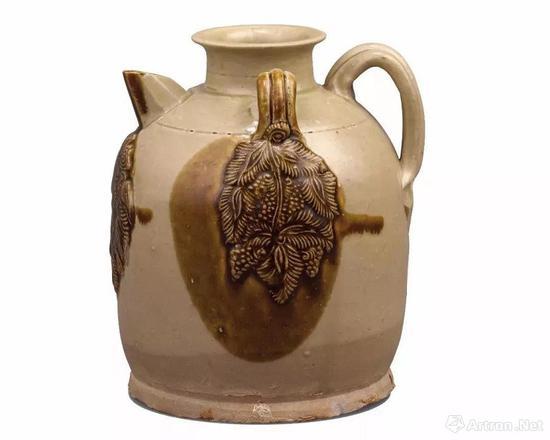 唐 长沙窑青釉褐彩贴花对鸟椰枣纹双系壶