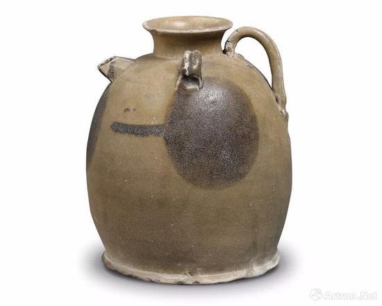 """唐 长沙窑青釉褐彩双系""""荼瓶""""款壶"""