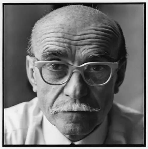 Lucio Fontana(卢西奥·丰塔纳)