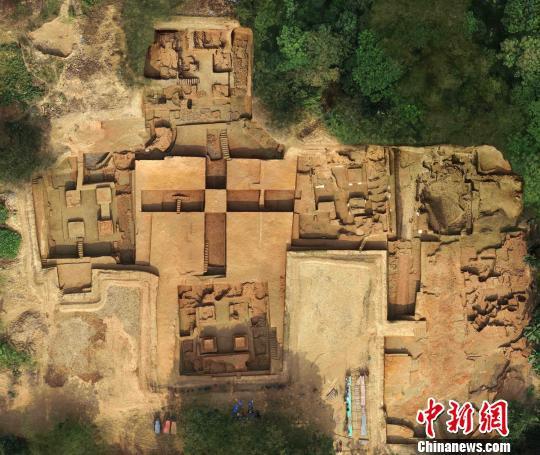 十字形中心神殿建筑。湖南省文物考古研究所供图
