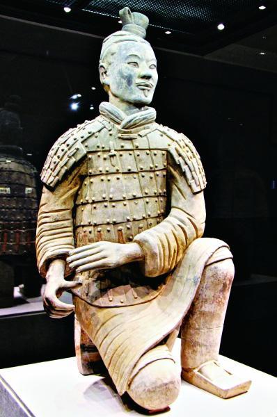 跪射武士俑秦始皇帝陵博物院
