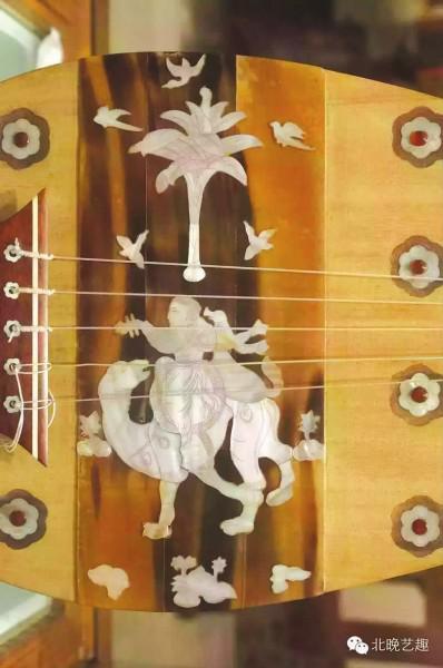 ②上海音乐学院东方乐器博物馆馆藏仿日本正仓院螺钿紫檀五弦琵琶 (局部)