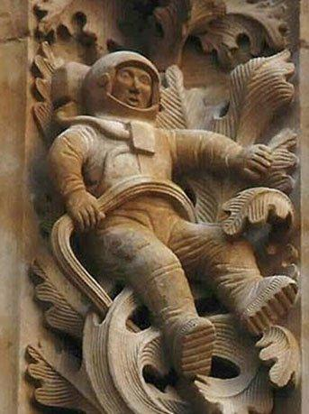 TOP2:玛雅太空人石雕