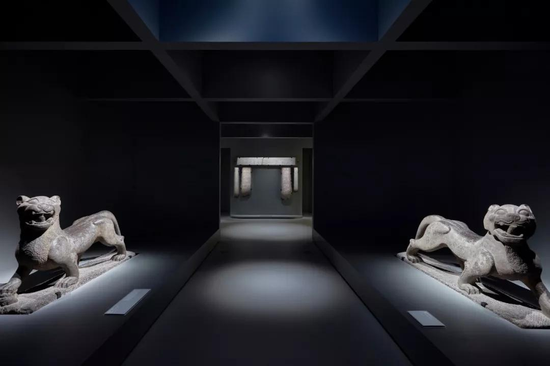 《兵馬俑:永恒的衛士》展覽現場,2019 維多利亞州國立美術館。攝影:Tobias Titz