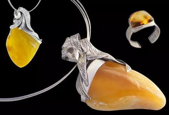 珊瑚、琥珀、砗磲、珍珠等有机宝石佩戴应当注意什么?