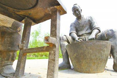 郑州生态廊道内铸铜雕塑遭疯狂盗窃 取证各种难