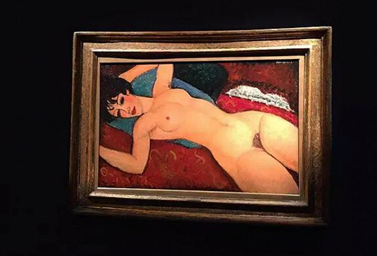 《侧卧的裸女》