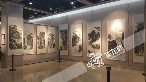 新浪收藏:陈有杰等四人画展24日在三峡博物馆开幕