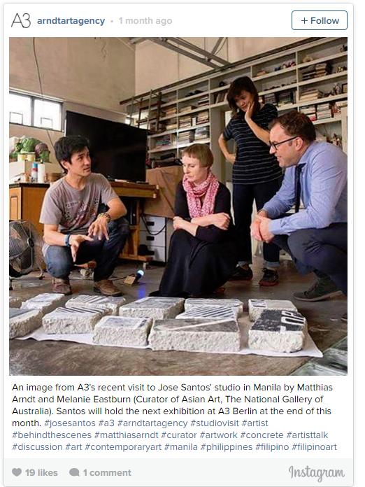 A3最近拜访了艺术家何塞·桑托斯(Jose Santos)位于马尼拉的工作室。这张照片的拍摄者为Matthias Arndt与Melanie Eastburn (澳大利亚国家美术馆亚洲艺术策展人)。Santos将于本月末在A3 Berlin举办展览。 #josesantos #a3 #arndtartagency #studiovisit #artist #behindthescenes #matthiasarndt #curator #artwork #concrete #artisttalk #discussion #art #contemporaryart #manila #philippines #filipino #filipinoart