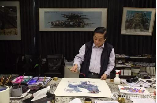 韩美林创作水墨鸡画